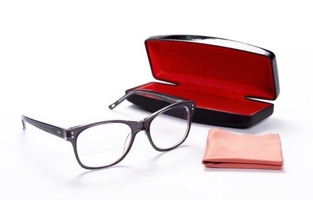 メガネの調整は自分でできる?お店での調整方法も解説