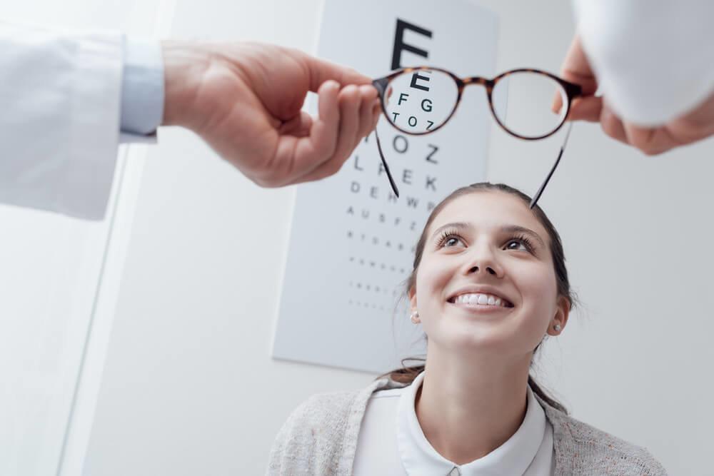 視力測定は何のため?測定を受ける意義や目的とは