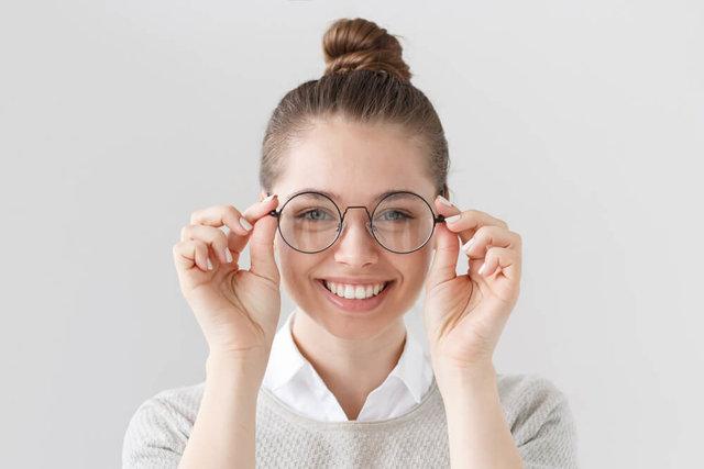メガネレンズの掃除がしたい!外し方と注意点は?