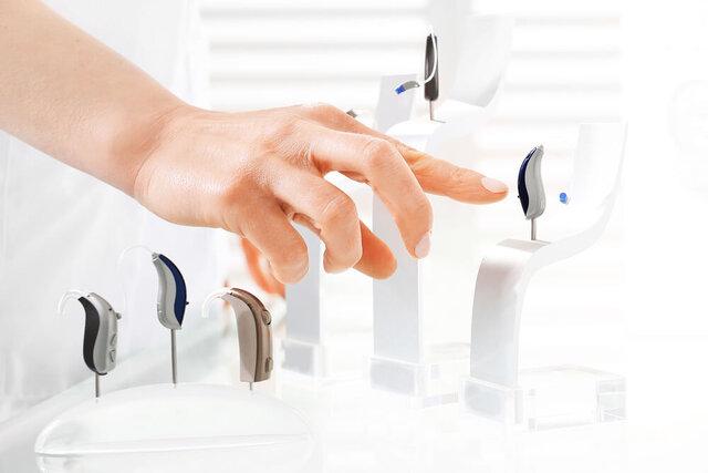 補聴器4大メーカーの特徴・おすすめ商品は?選び方のポイントも紹介