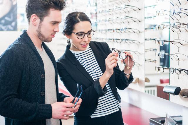 初めての度入り眼鏡購入マニュアル~レンズの種類や選び方、価格を解説~