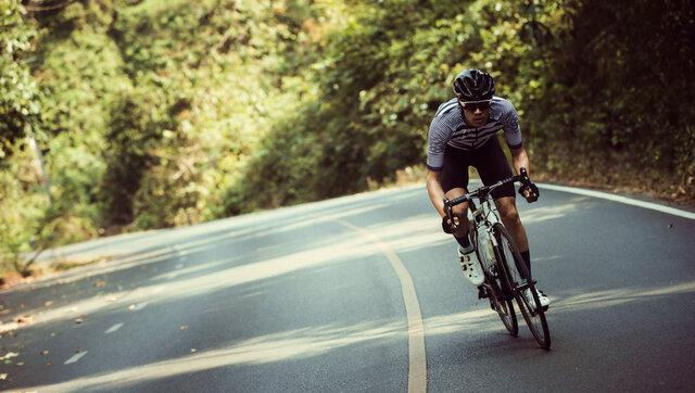 ロードバイク用サングラスの選び方。走るのが快適になる便利グッズも