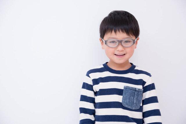 子供用の花粉症メガネで我が子の目を守る!正しい選び方と注意点とは