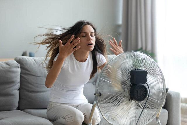 夏の汗対策を徹底解説!快適に過ごすポイントやおすすめグッズ、汗を抑える生活習慣も