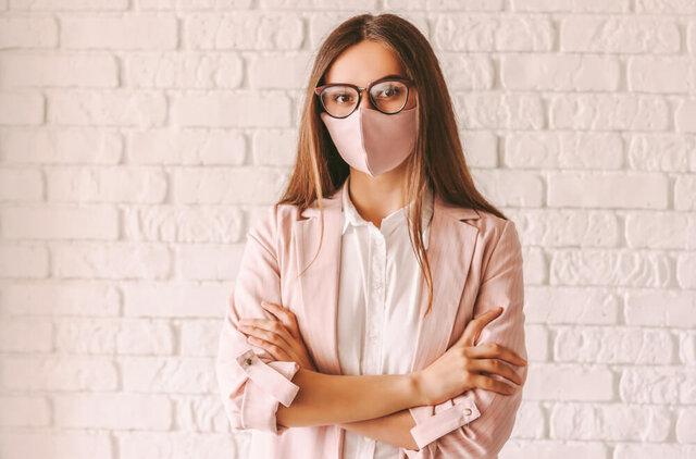 マスクの色によって似合うメガネは変わる!おしゃれを楽しめる合わせ方を紹介