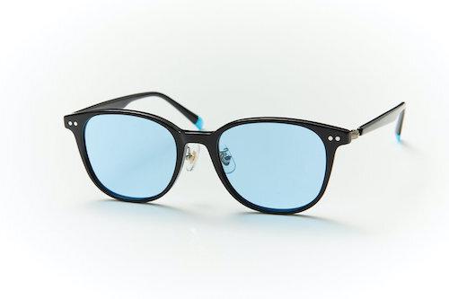 アセテート樹脂の太めフレームがおしゃれな印象を与えてくれるサングラス。kohoro 偏光サングラス  。コホロ(心)になじむメガネ。自然や生活の中にある色彩をまとったメガネ。ソフトな明るさの眩しさだけでなく、反射の眩しさも軽減。