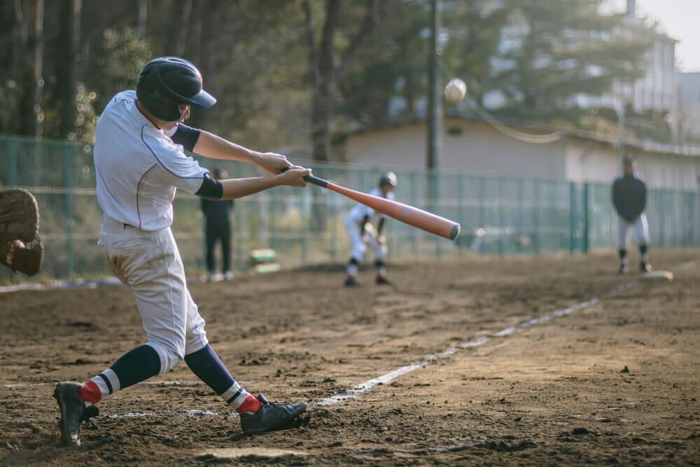高校野球の練習試合風景
