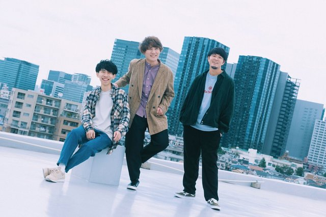 TikTokで話題沸騰中のTheFloor!約2年ぶりとなる渾身の2ndアルバム発売中!