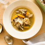 【簡単3ステップ薬膳スープ】免疫力をアップさせて冬を乗り切る「かぼちゃと鶏もも肉の酒粕シチュー」