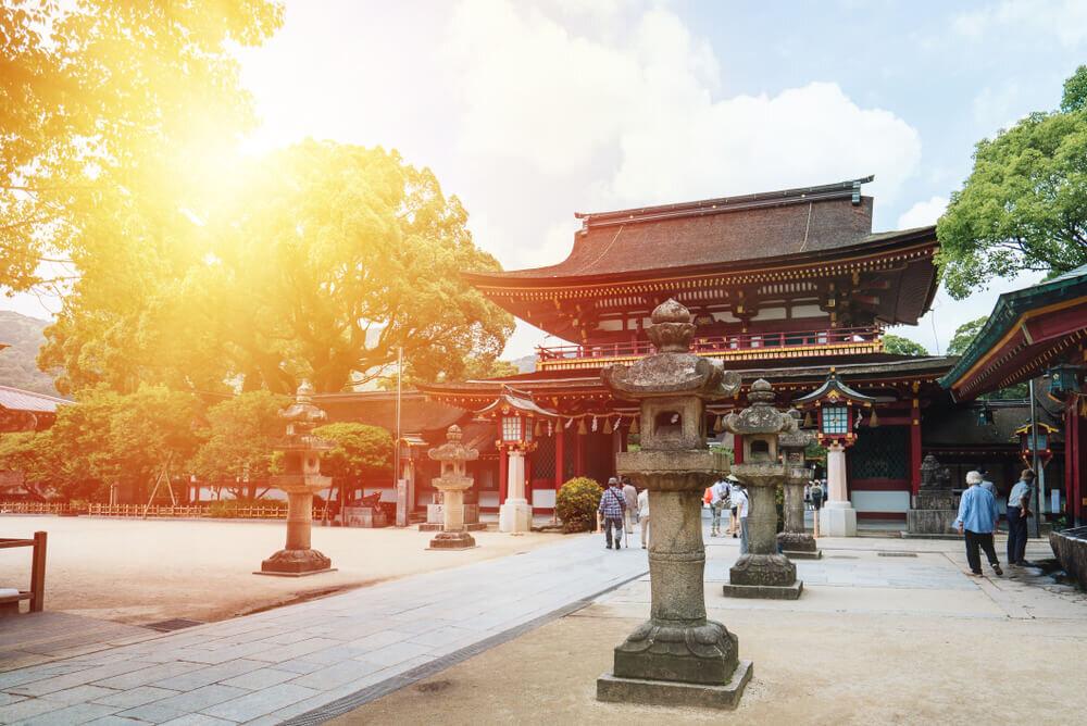 福岡で行きたい有名神社は?話題の神社や観光スポットも紹介