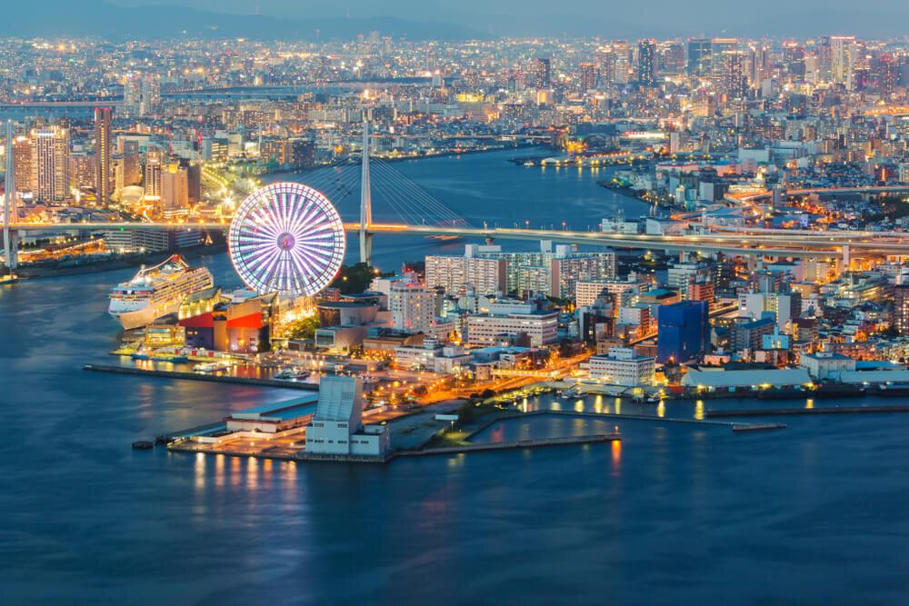 大阪ベイエリアの夕暮れ