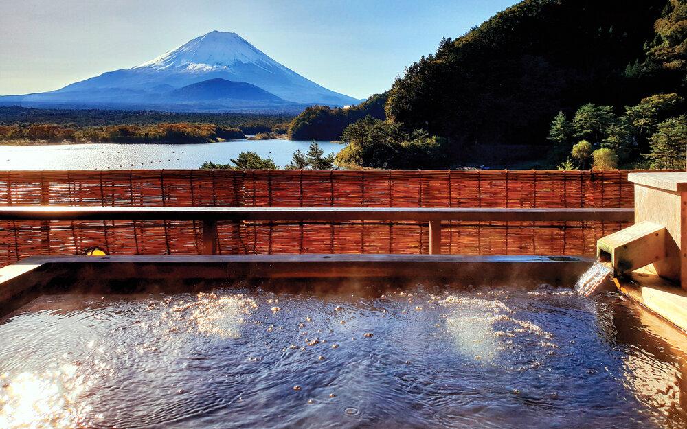 富士山の見える温泉