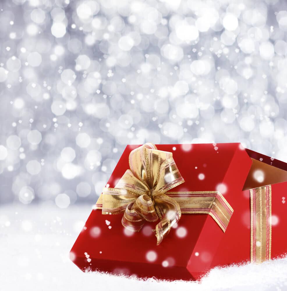 赤いボックスのクリスマスプレゼント