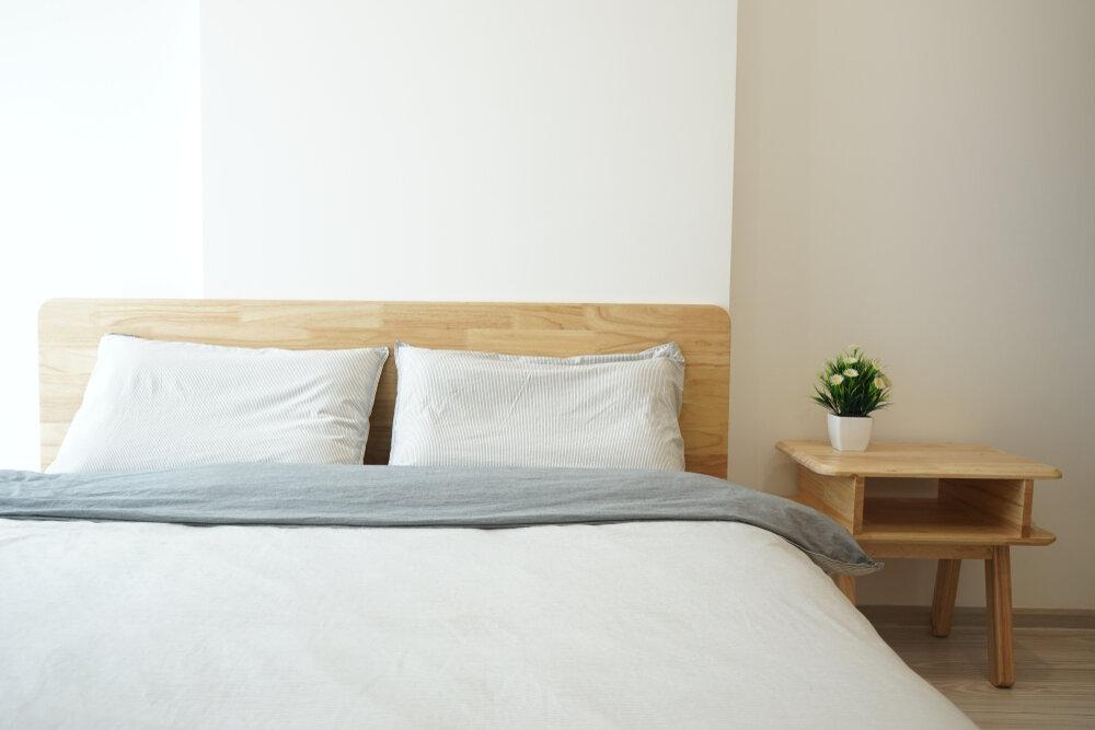 心地よく眠れそうなベッド
