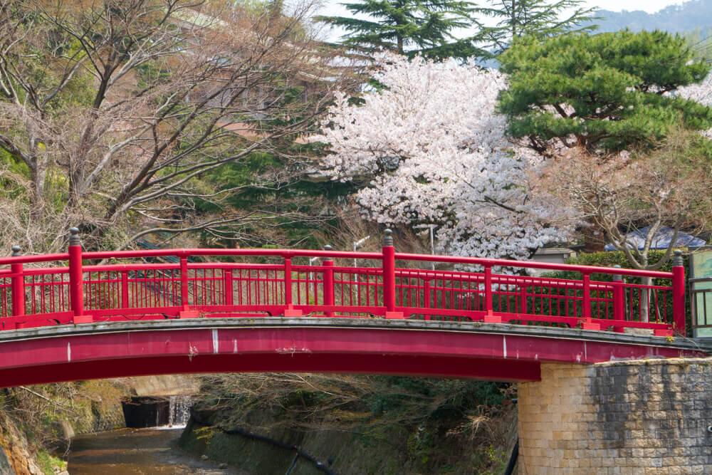 有馬温泉街にある赤い橋