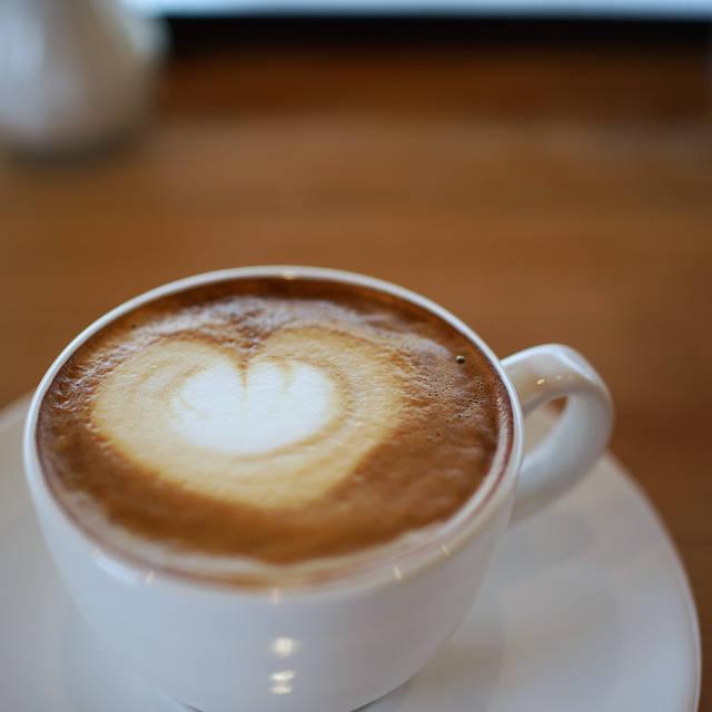 フラットホワイトコーヒーファクトリー (FLAT WHITE COFFEE FACTORY) - 泉中央/カフェ [食べログ]