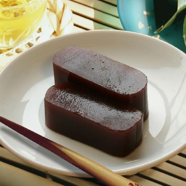 納豆羊羹(納豆ようかん)   創業100余年 老舗の味「水戸元祖 天狗納豆」