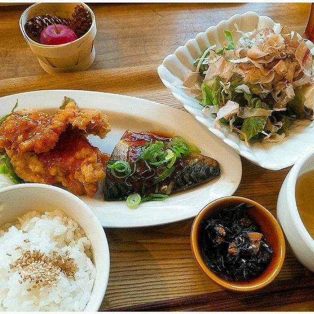 ぐりーんかふぇ おさかな - 穂積/カフェ [食べログ]