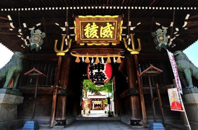 櫛田神社  |  福岡・博多の観光情報が満載!福岡市公式シティガイド よかなび