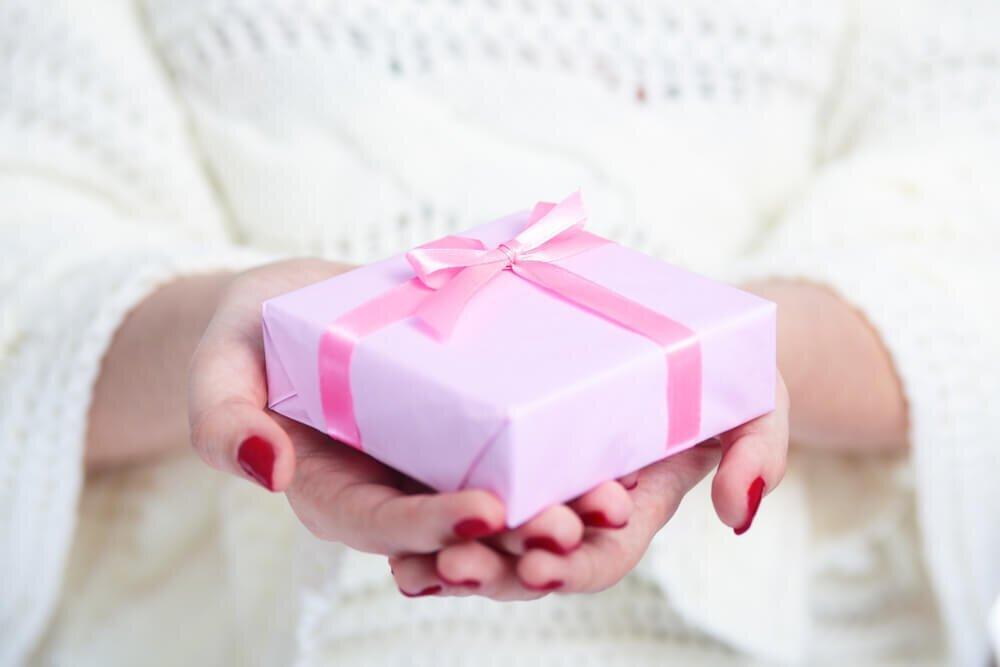 記念日におすすめのプレゼント7選!大切な人に喜ばれるには - PREMIUM OUTLETS TIMES