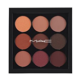 MAC、マック コスメティックス、何通りもの色の組み合...