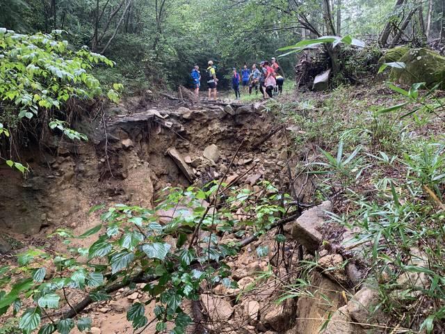 豪雨災害で大きく崩落した箇所