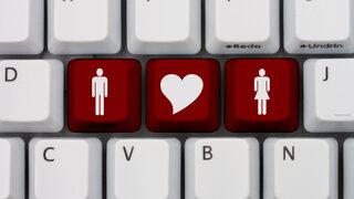 理系男子は本当に婚活で人気?理系男子の婚活実態とは