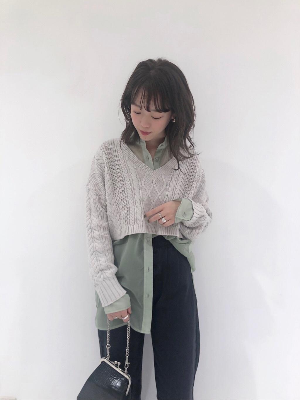 ショート丈_ニット_コーデ