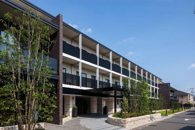 【チャームスイート石神井公園】アートと自然の融合!チャームケア首都圏初オープンのホーム