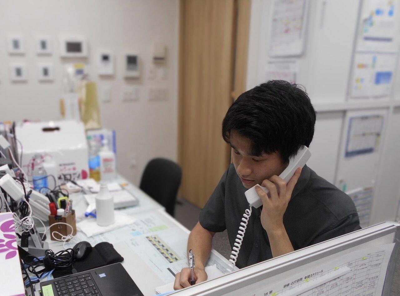 理系出身で介護職に就職したら「天職」に!ご入居者様にとって一番のスタッフを目指す