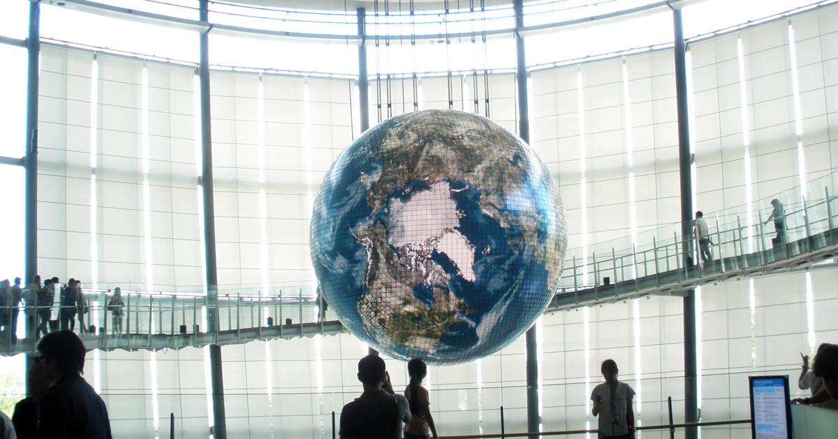 「日本科学未来館」で地球や宇宙を親子で体感しよう