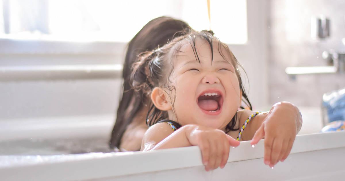 あなたはシャワー派?湯船派?家族の心の距離が縮まる入浴コミュニケーション効果とは