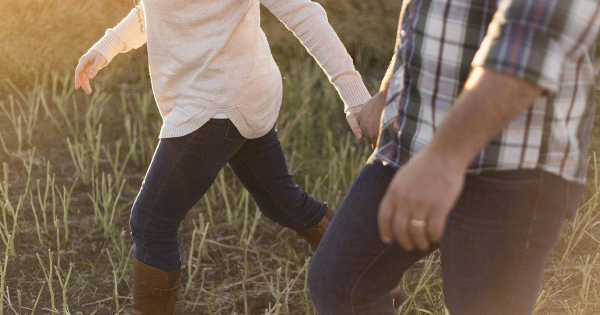 【夫婦円満の秘訣】結婚幸福度の全国調査&仲良し夫婦たちの声から分かった夫婦円満の秘訣とは