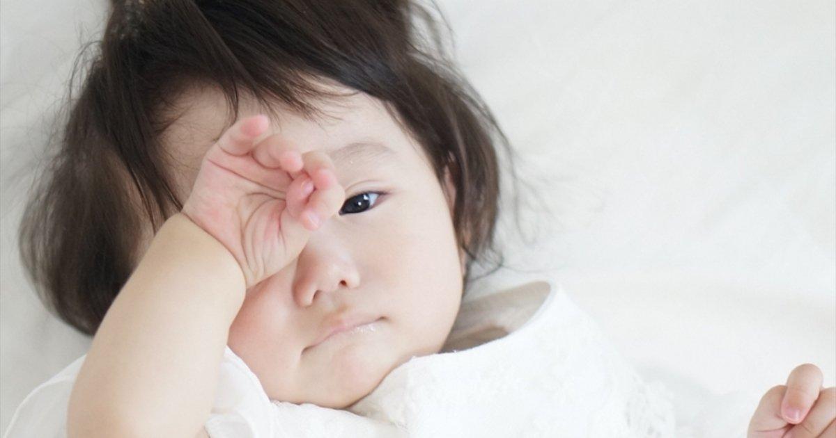 夜行性の赤ちゃんに昼夜を覚えさせるためのコツ
