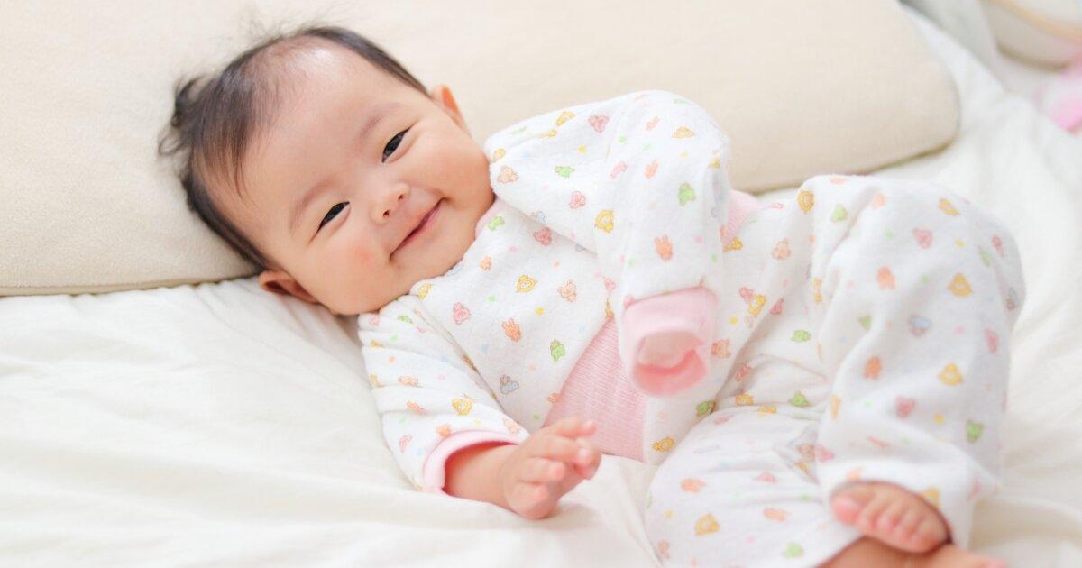 赤ちゃんは寒いと眠れない?冬の冷えた季節の睡眠環境で気をつけたいこと