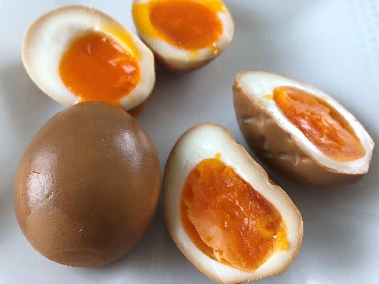 くんたま(燻製卵)