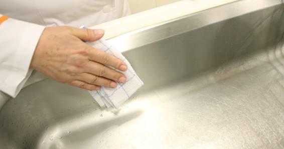 台所,キッチン,シンク,排水口,コンロ,換気扇,レンジフード,スポンジ,方法,掃除,洗剤,重曹,漂白剤,家men