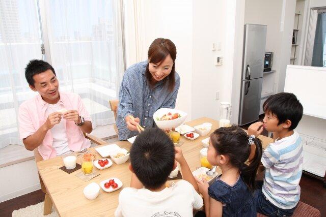 家族のコミュニケーション,食卓