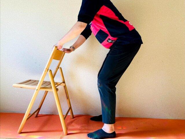 椅子トレーニング,チェア・スクワット
