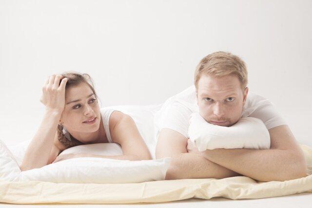 夫婦,夜泣き対応
