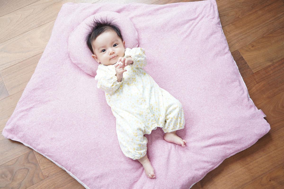 赤ちゃん,頭の歪み,頭の形,絶壁,左右非対称,まんまる枕,家men