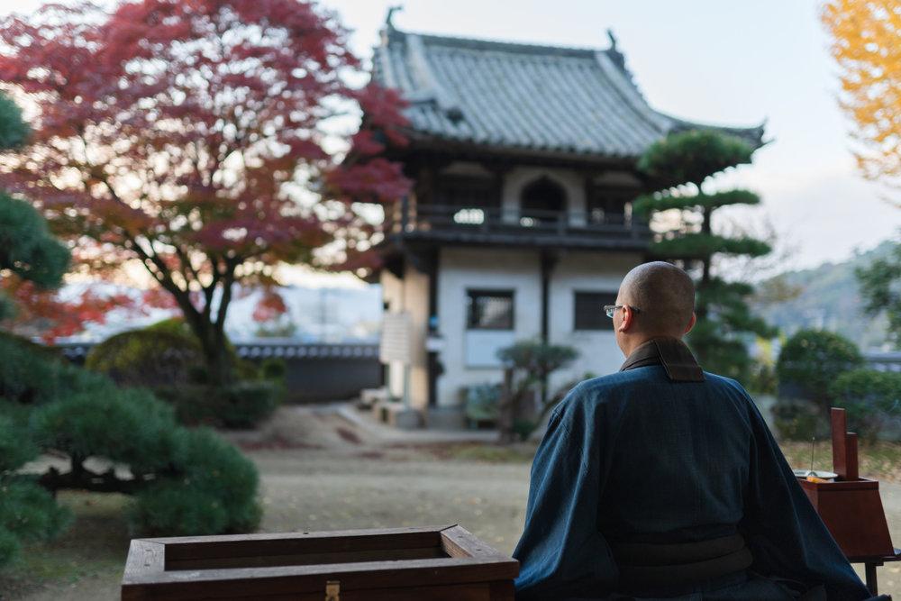 仏教各宗派の由来や特徴・葬儀のマナーの違いを解説