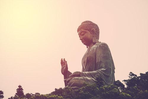 お釈迦様の本名と深遠な生涯。仏陀(ブッダ)とはどう違うのか