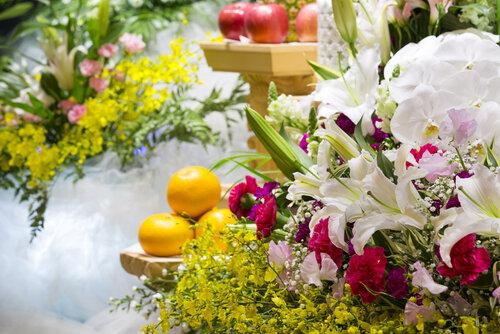 家族葬と直葬は何が違う?~大切な人を見送る前に知っておきたいポイントとは~