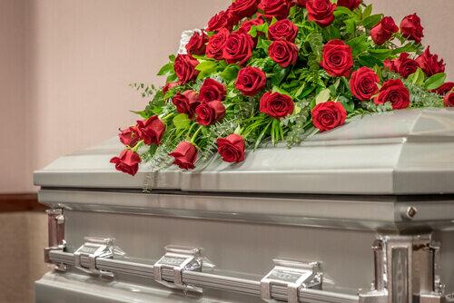 年末年始でも葬儀社や火葬場は営業している?