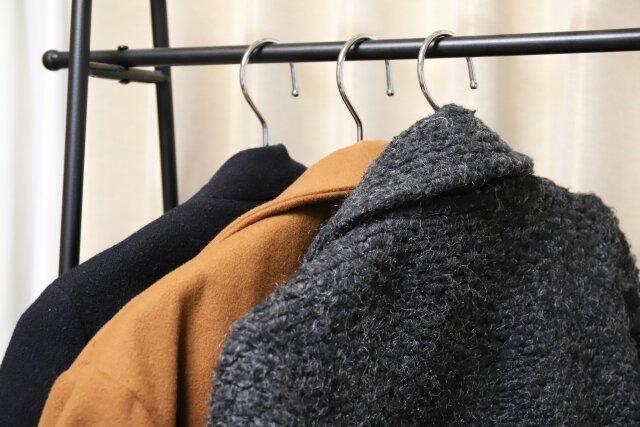 喪服用コートの選び方。色・柄・マナーを押さえて防寒を