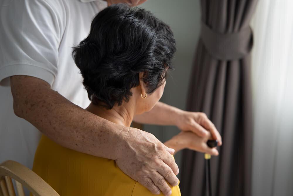 老老介護の現状と注意点。認認介護も合わせて対策を紹介