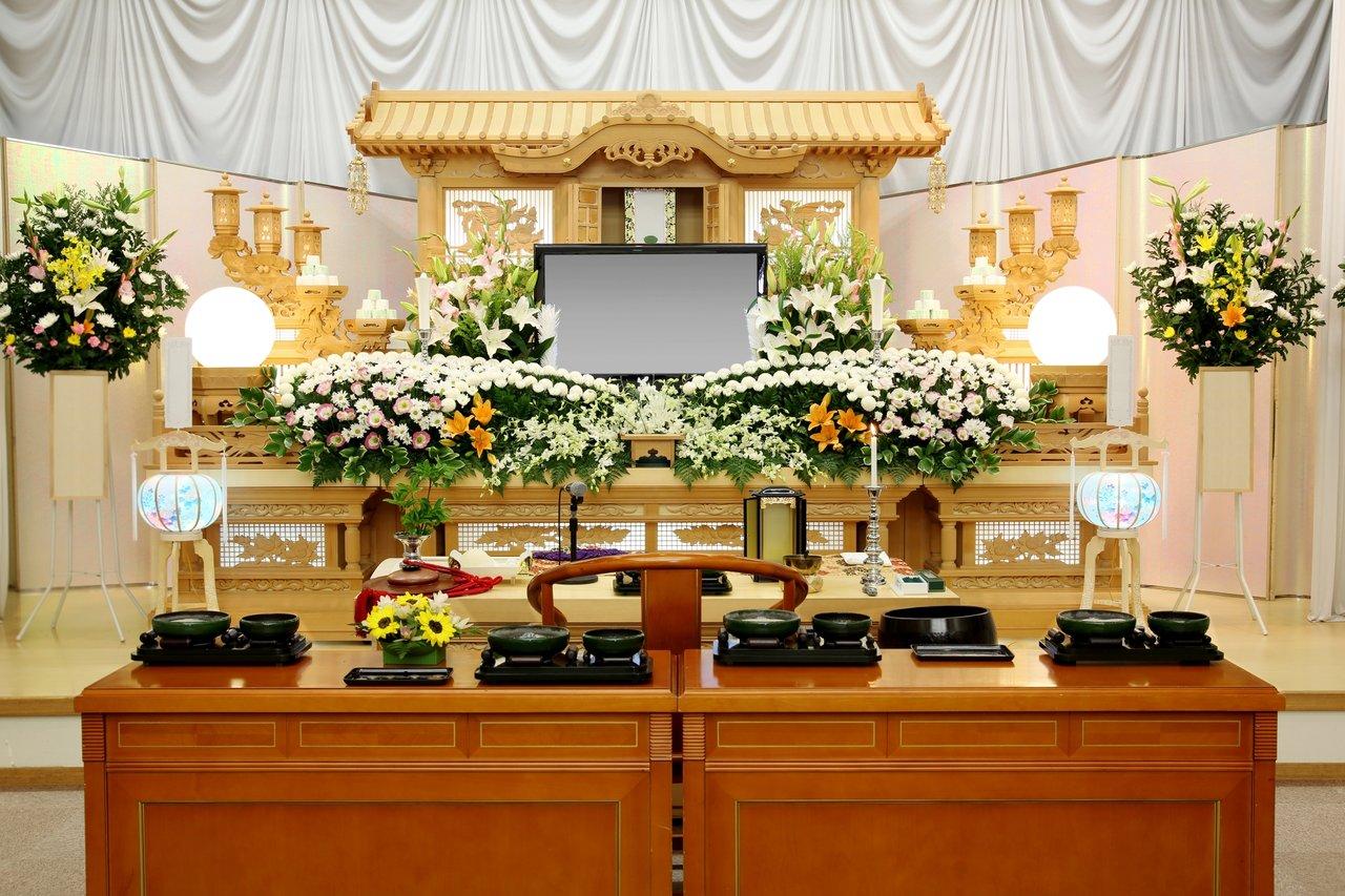 仏式の祭壇