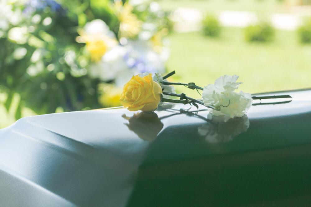 棺桶とお花