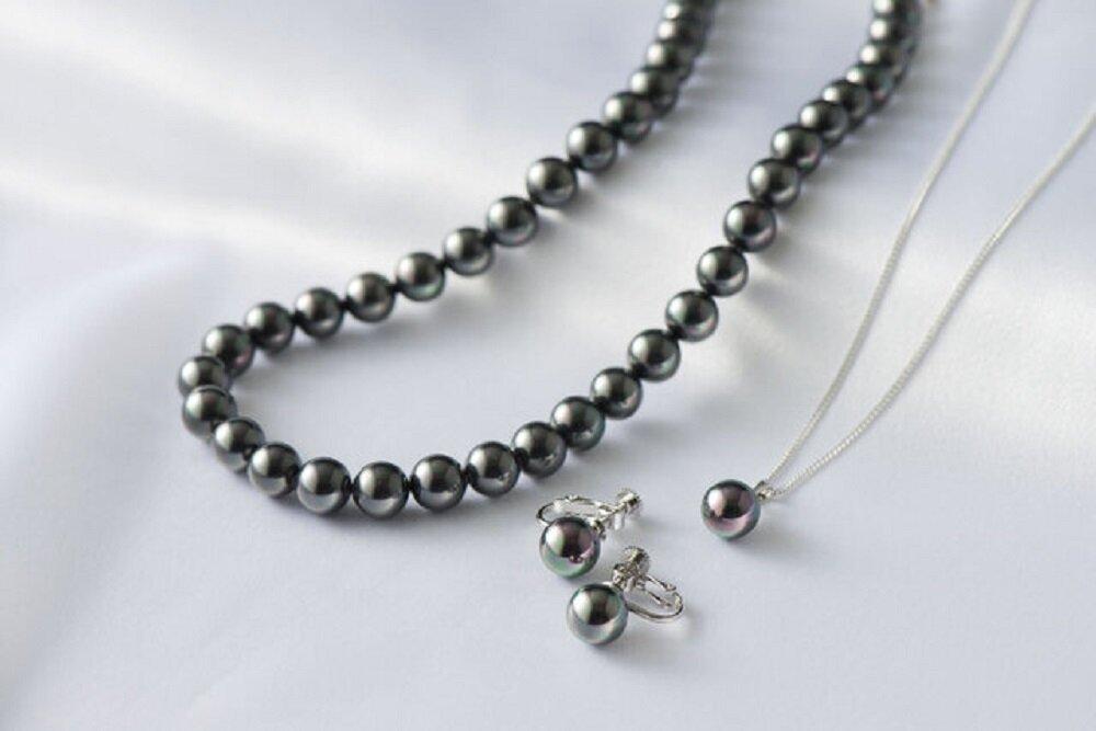 黒真珠のモーニングジュエリー